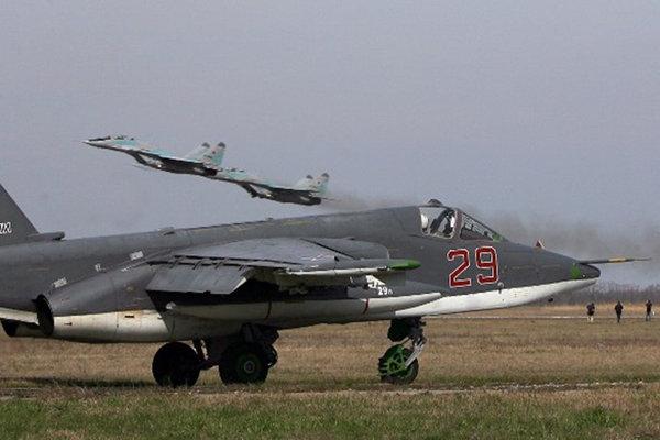 صحيفة : القاذفات الروسية تستعد لاستقبال قوات السعودية وتركيا