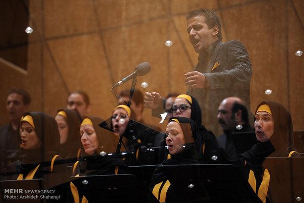 Fajr Festival hosts Tehran Orchestra, French jazz drummer