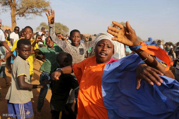 في نيجيريا لغتان: واحدة للإناث وأخرى للذكور!