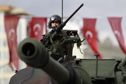 "تركيا تقصف مواقع ""داعش"" والأكراد شمالي سوريا"
