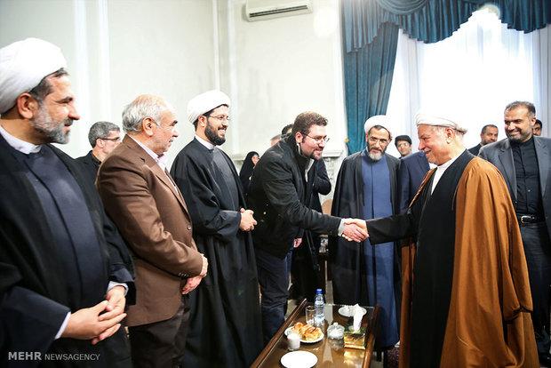 دلقاء مرشحي التيارين الاصلاحي والمعتدل مع آية الله هاشمي رفسنجاني