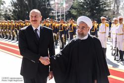İlham Aliyev, Cumhurbaşkanı Ruhani tarafından karşılandı/Foto
