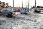 شهرداری و چالشی به نام باران/خیابانهایی که به استخر تبدیل میشود