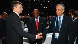قول شیخ سلمان برای بررسی مجدد تصمیم کنفدراسیون فوتبال آسیا