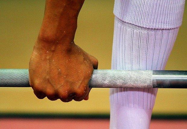 لاعب القوة البدنية الإيراني يحرز  فضیة وزن 83 كغم