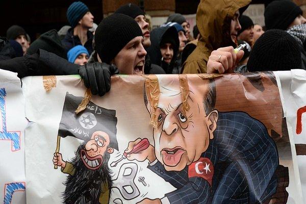 مخالفت مردم روسیه با لغو تحریم ها علیه ترکیه