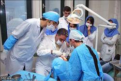 بررسی پروتزهای ثابت در همایش دندانپزشکی