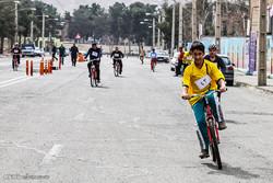 همایش دوچرخهسواری خانوادگی در اندیمشک برگزار شد