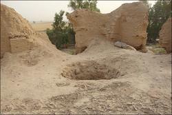 دستگیری اعضای باند حفار غیرمجاز و کشف سلاح گرم در مرودشت