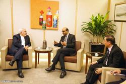 ایرانی وزیر خارجہ کی سینگا پور کے اعلی حکام سے ملاقات