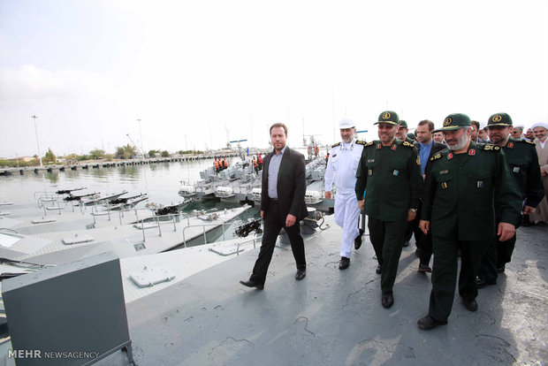 الحاق شناور های تندرو به نیروی دریایی سپاه