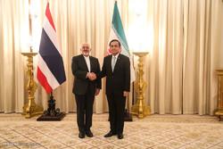 دیدار وزیر امور خارجه با  نخست وزیر تایلند