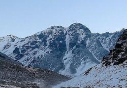 مرد ۳۰ ساله از ارتفاعات مهریز نجات یافت