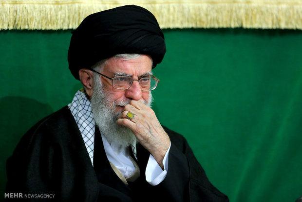 رہبر معظم کی موجودگی میں حسینیہ امام خمینی میں تیسری شب میں مجلس عزا