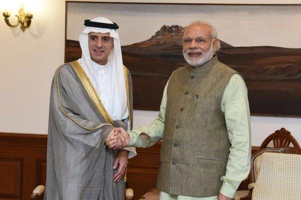 بھارتی وزير اعظم سعودی عرب پہنچ گئے