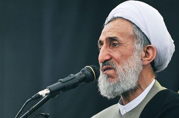 خطيب جمعة طهران: لا يمكن مساومة امريكا وفقاً للشريعة الاسلامية