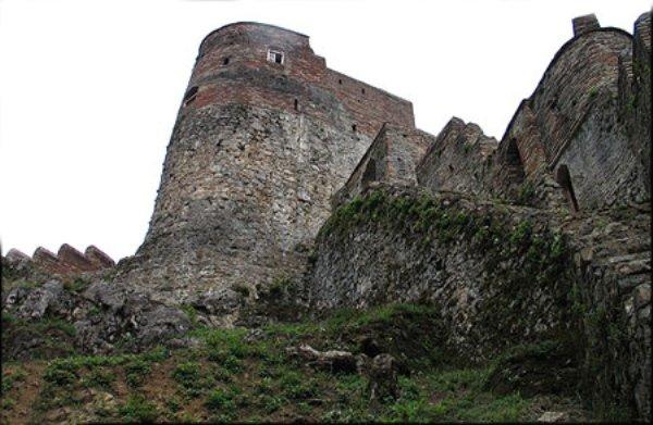 روستای قم چقای بیجار گنجینهای از آثار تاریخی و گردشگری است