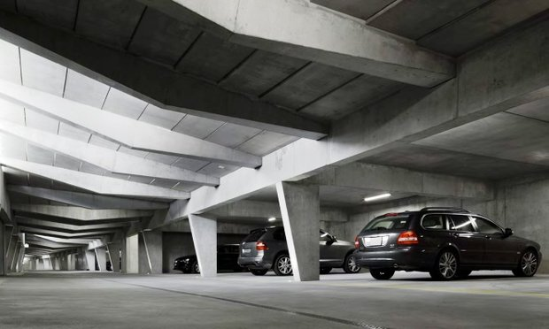 بهره برداری از یک پارکینگ طبقاتی در آبادان آغاز شد