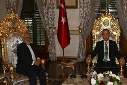 Zarif, Erdoğan ve Davutoğlu ile görüştü