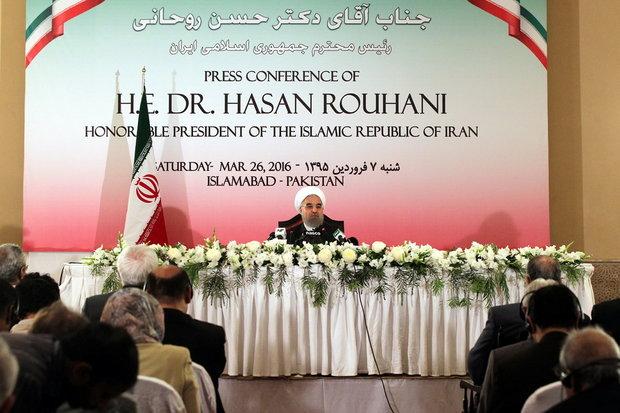 مرزهای ایران و پاکستان باید امن شود/برای حل مشکلات منطقه هم فکریم
