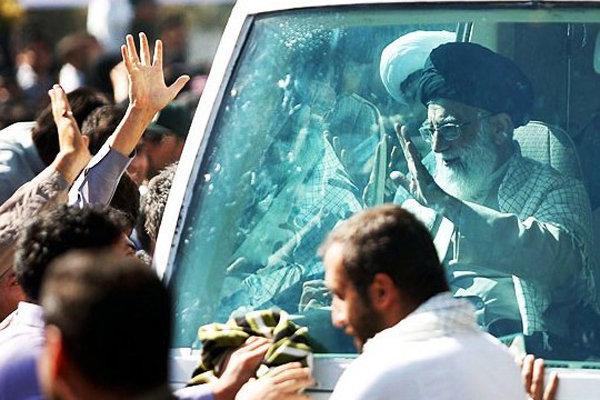 حاشیهنگاری قزوه بر سفر رهبر انقلاب به کرمان کتاب میشود