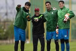 بازیکنان تیم ملی فوتبال ایران مثل قطریها اجارهای نیستند