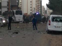 Erciş'te jandarma komutanlığına PKK saldırdı