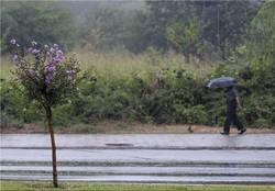 نوروز در کرمان بارانی است/کاهش دما در فروردین
