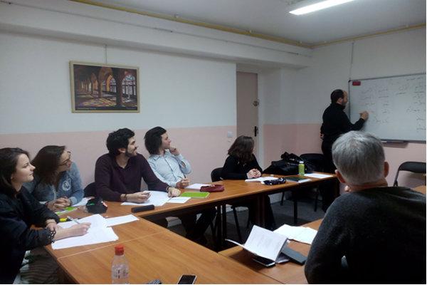 کرسی آموزش زبان فارسی در پاریس
