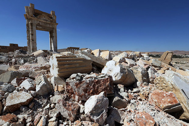 آثار باستانی و داعش
