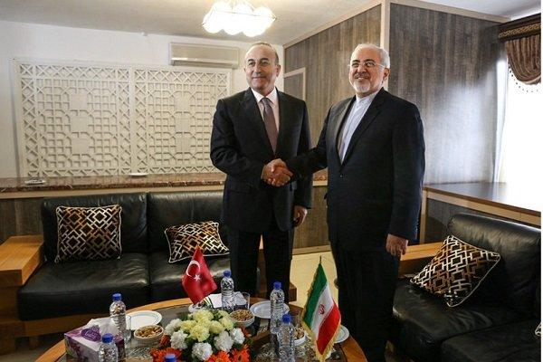 ایران اور ترک وزراء خارجہ کی باہمی ملاقات