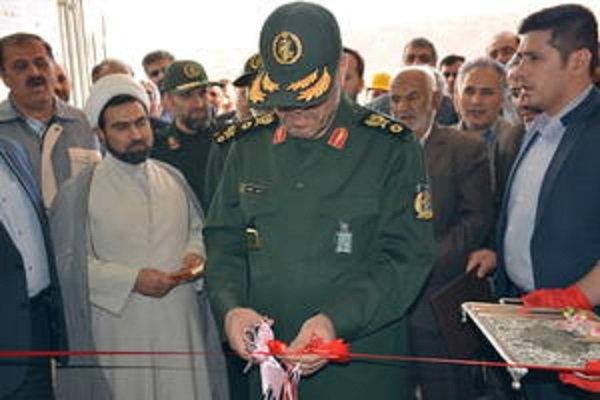 """وزير الدفاع الايراني يفتتح مصنع لانتاج مادة """"اكتوجن """" المتفجرة"""