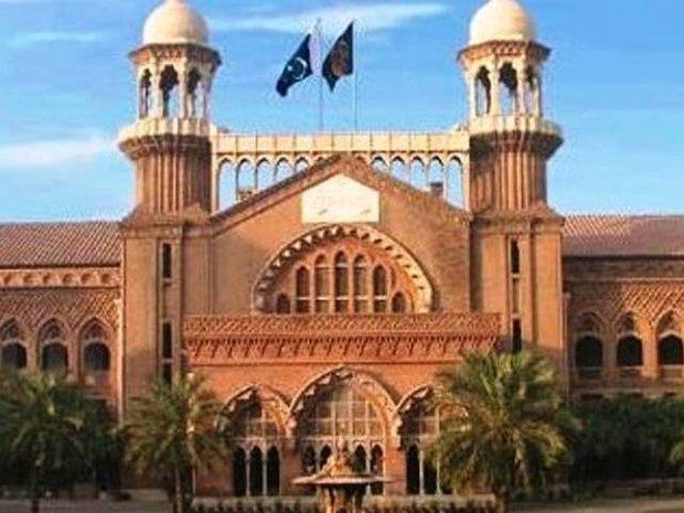 لاہور ہائی کورٹ میں نواز شریف کو نااہل قرار دینے کی درخواست سماعت کے لیے منظور