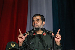 دشمنان پروژه فریب ملت و جوانان ایران اسلامی را دنبال میکنند