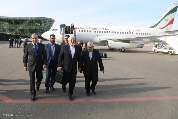 وصول وزير الخارجية الايراني محمد جواد ظريف الى باكو