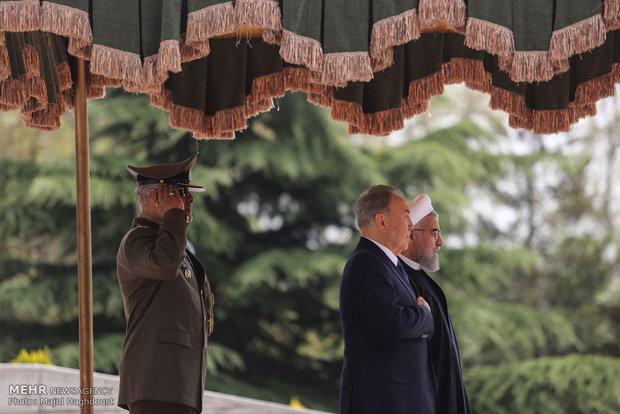 استقبال رسمی رئیس جمهور از رئیس جمهور قزاقستان