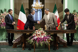 Iran, Italy sign 7 MoUs