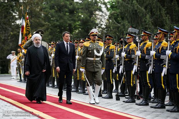 Rouhani welcomes Italian PM in Saadabad Palace