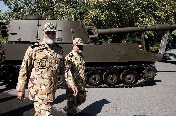 رونمایی از تجهیزات نظامی