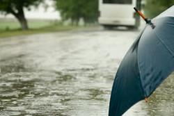 سیلاب و بارندگی در غرب کشور/ زائران لباس مناسب همراه داشته باشند