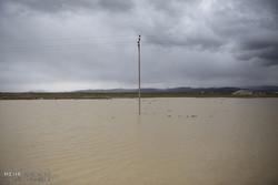 نجات تمام افراد گرفتار سیلاب جازموریان/عملیات امداد با موفقیت به پایان رسید