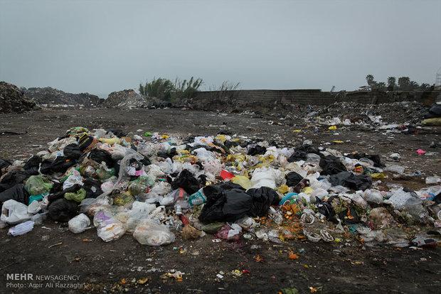 زبالهها در ساحل مازندران