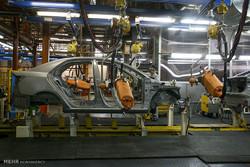 مدیران خودروسازی میتوانند ناکارآمد باشند اماباج بدهند که سرکار بمانند