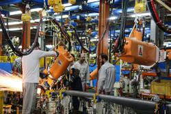 İran Umman'da araba üretecek