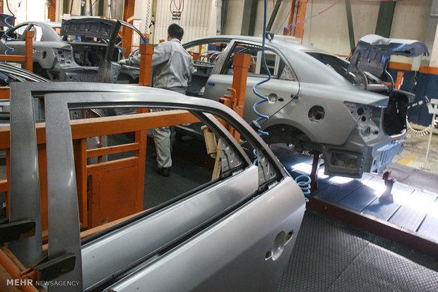 تعطیلات تابستانی خودروسازان دلیل کاهش تولید خودرو
