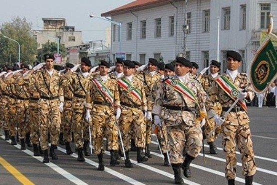 کراپشده - رژه ارتش در رشت