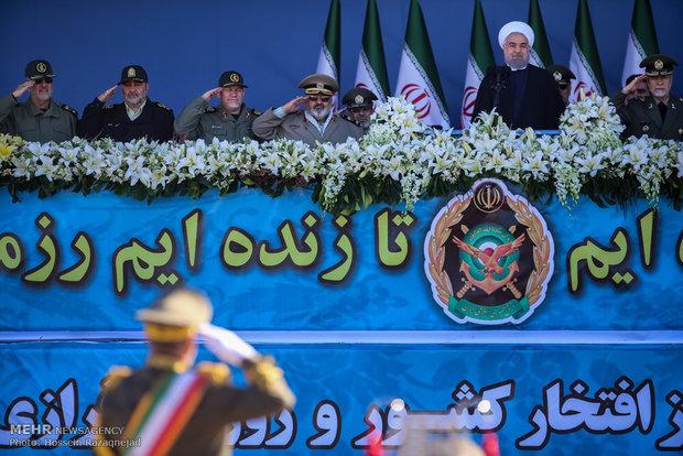 مراسم رژه روز ارتش جمهوری اسلامی