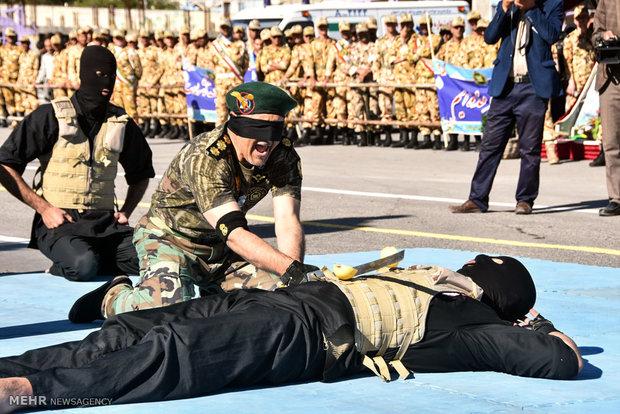 مراسم رژه روز ارتش جمهوری اسلامی در شهرضا اصفهان