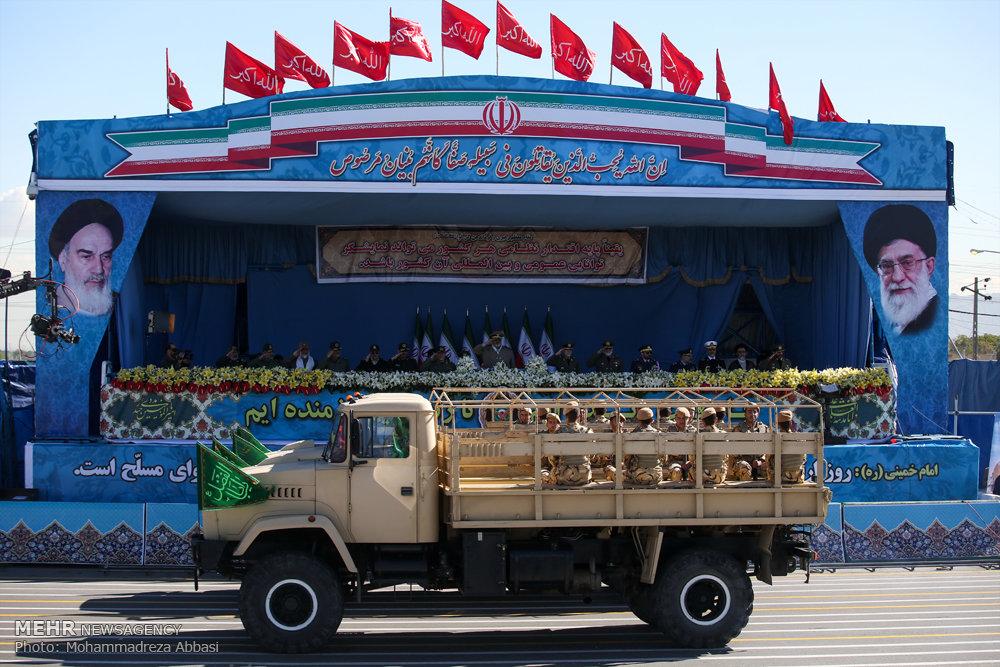 مراسم رژه روز ارتش جمهوری اسلامی -2