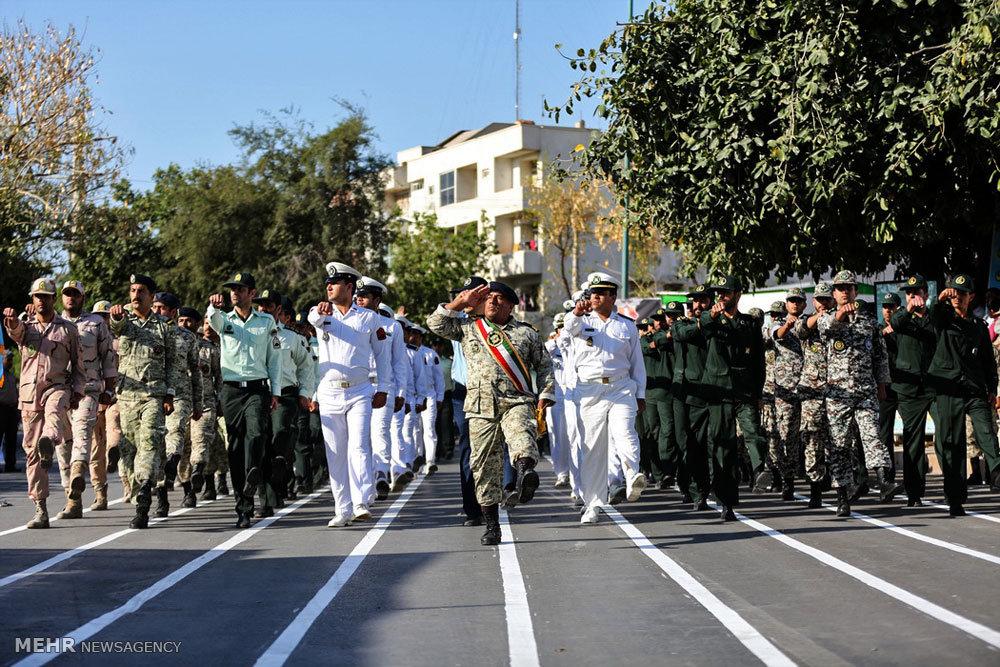 مراسم رژه روز ارتش جمهوری اسلامی در بوشهر